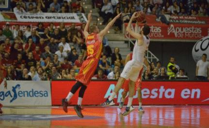 MoraBanc Andorra - UCAM Murcia 16