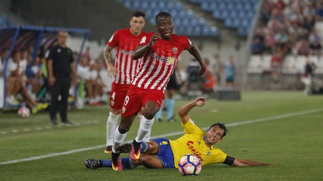 Dónde ver el partido de fútbol Cádiz Almería 22 enero