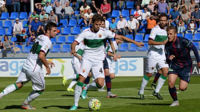 Dónde ver el partido de fútbol Elche Huesca 25 febrero