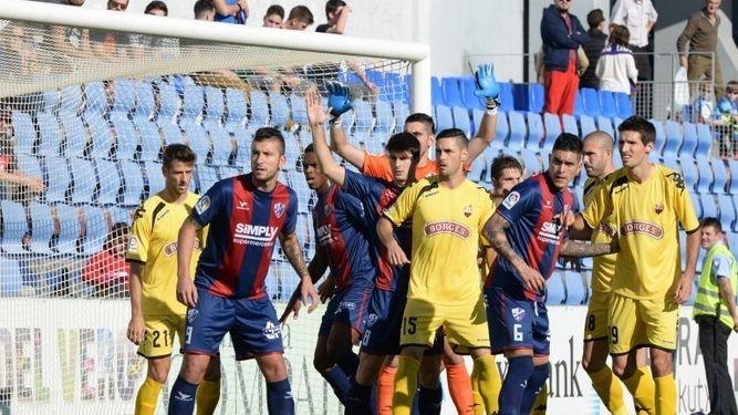 Dónde ver el partido de fútbol Reus Huesca 9 abril