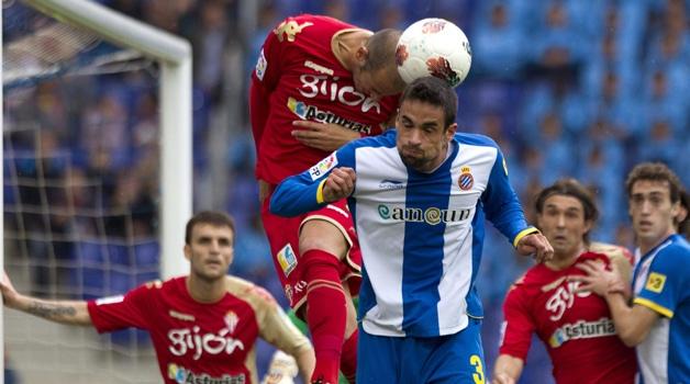 Dónde ver el partido de fútbol Sporting Espanyol 25 abril